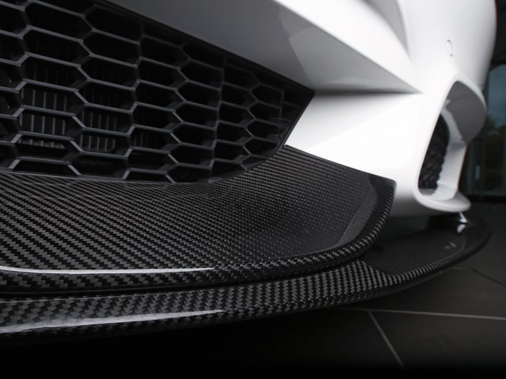 SGL Carbon develops and manufactures in series lightweight components based on composites and specialty graphite solutions  for vehicles with both alternative drives and standard combustion engines.